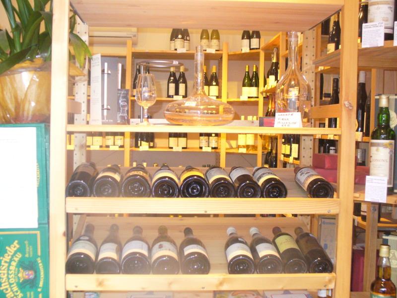 Cave vins au havre le casier bouteilles 80 rue prsident wilson 76600 le havre bienvenue for Etagere bouteille le havre
